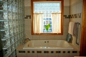 clean bathroom edwardsville il